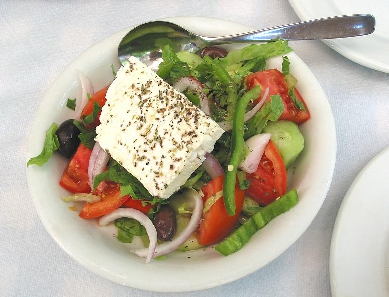 zeidoros organic greek salad